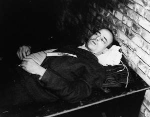 October 1946, Nuremberg, Germany --- The corpse of Nazi war criminal Hans Frank after his execution by hanging. Frank, the governor of Poland after its invasion in 1939, was judged guilty of war crimes and crimes against humanity in the Nuremburg trials. October 1946. --- Image by © CORBIS