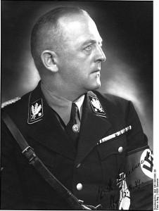 452px-Bundesarchiv_Bild_146-1993-086-_09,_Ernst-Heinrich_Schmauser