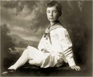 Scientist-Robert-Oppenheimer-As-Child