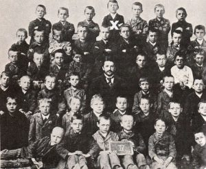 a description of adolf hitler as the son of customs official alois hitler Some significance has been read into adolf hitler's comment at the beginning of mein kampf that his father had been the son of a `poor, small cottager' (which was not a description of johann georg, a miller's journeyman.